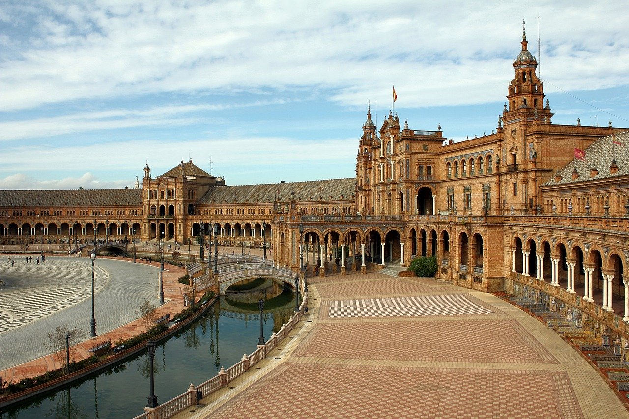TRAVEL EXPERIENCES SPAIN, LUXURY HOTEL SPAIN, LUXURY TRAVEL SPAIN