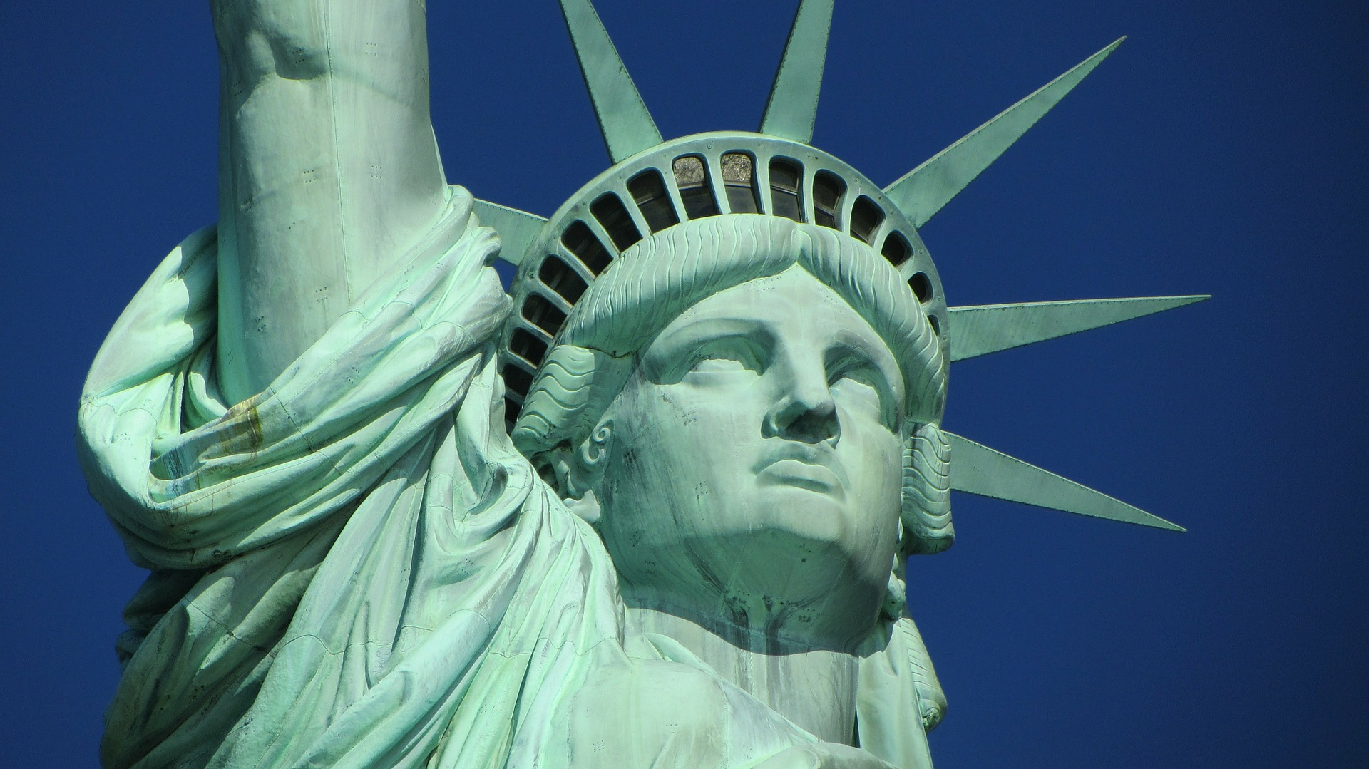 BEST 6 PLACES TO VISIT IN USA IN 2020 - BY BLACK PLATINUM GOLD - HOLLYWOOD