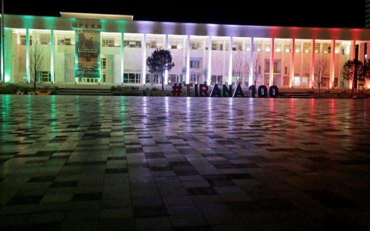 Tirana - solidarity - solidarietà Italia - Italy - Coronavirus - Black Platinum Gold