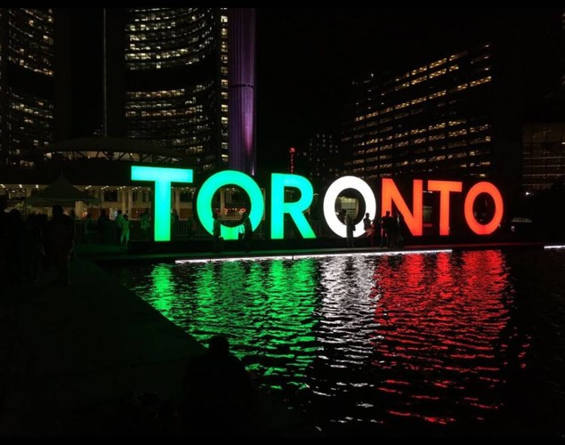 Toronto - solidarity - solidarietà italia - Italy - Coronavirus - Black Platinum Gold