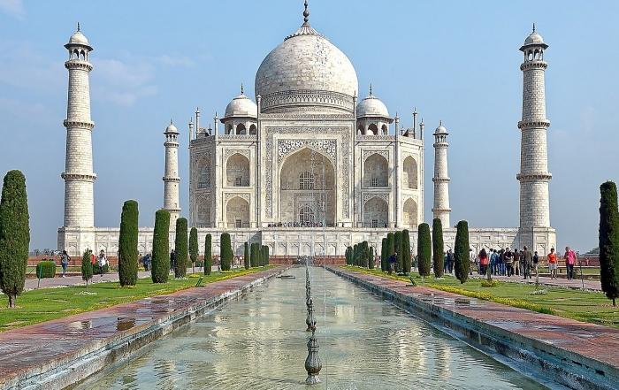 Taj Mahal, India - HOW TO EXPLORE THE WORLD DURING LOCKDOWN: TOP 10 VIRTUAL TOURS