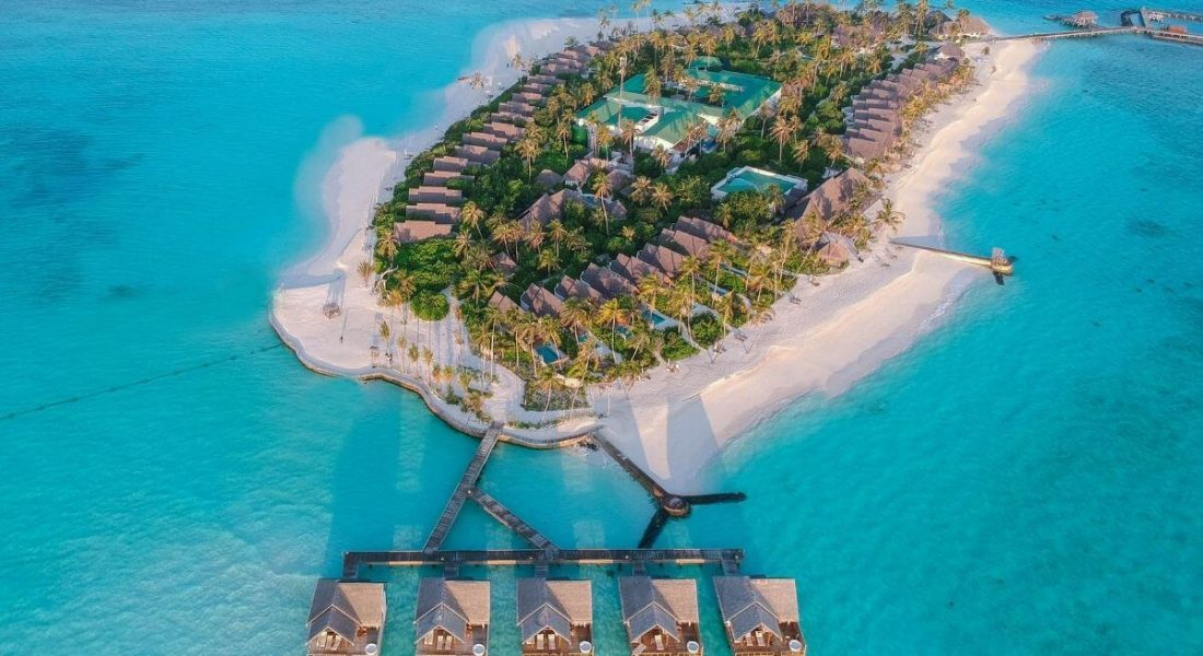 AUCTION NEWS – Fushifaru Maldives – 5 Nights in a Premium Pool Water Villa