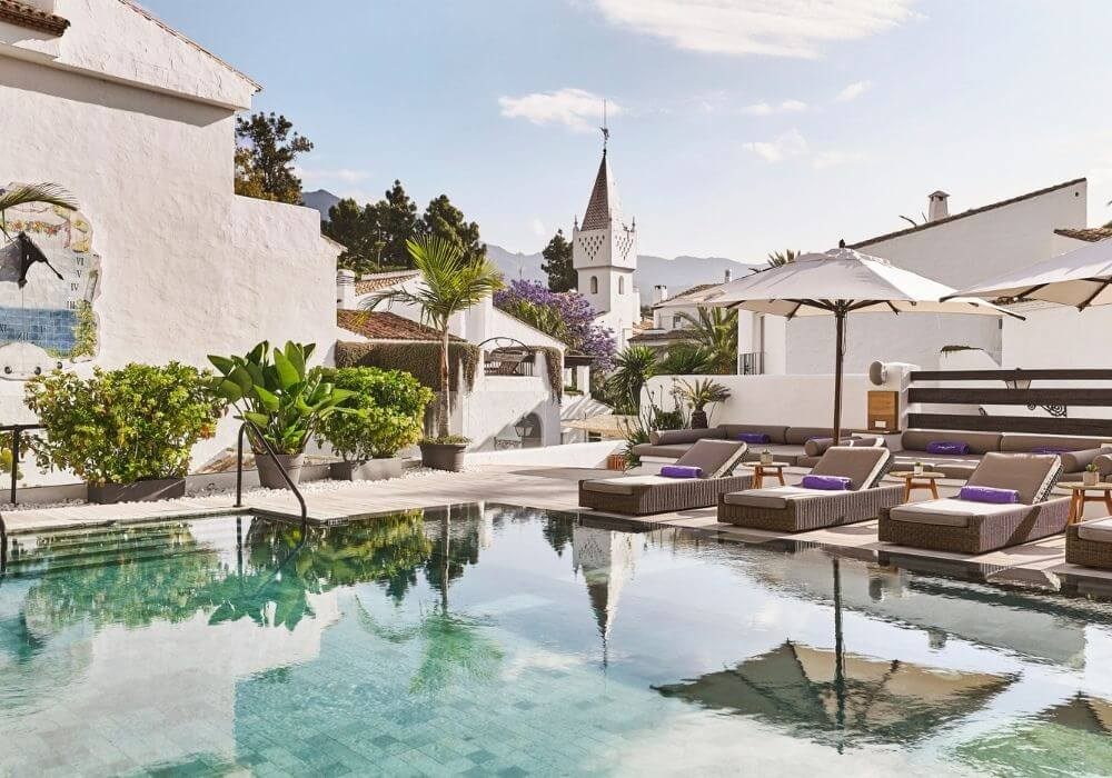 Luxury Lifestyle on the Golden Mile