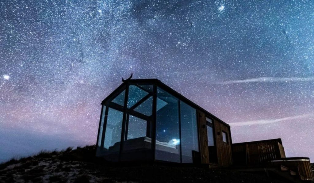 Panorama Glass Lodge – Iceland