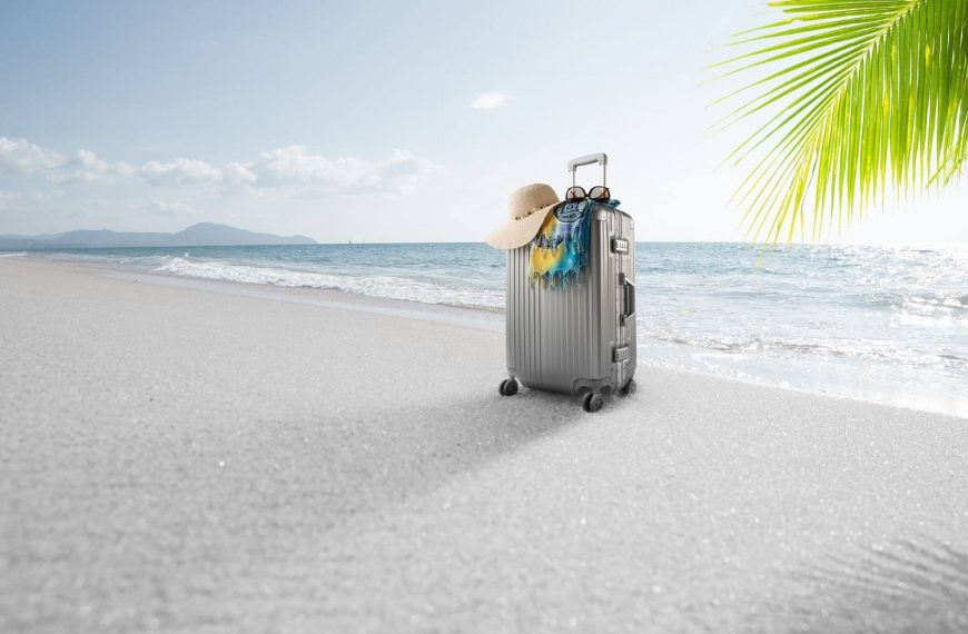 How to Travel Safely This Summer