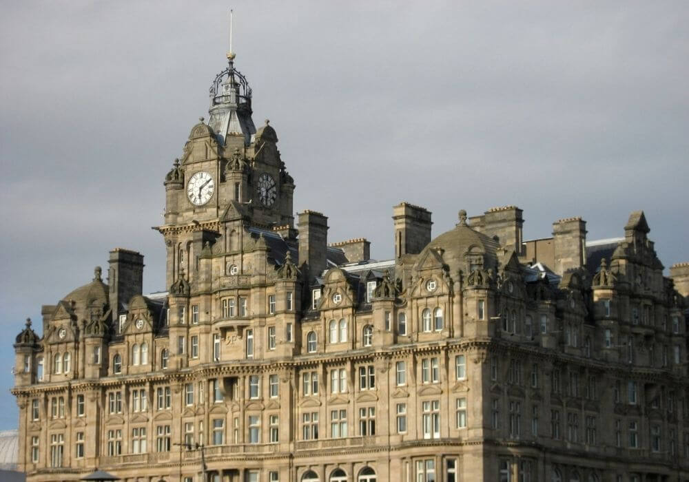 Royal Experience at the Balmoral Hotel in Edinburgh - Black Platinum Gold