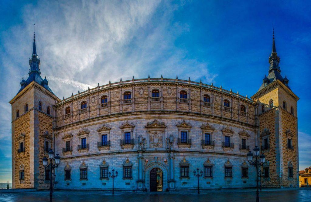 Europe's 13 Most Impressive Palaces and Castles   Black Platinum Gold