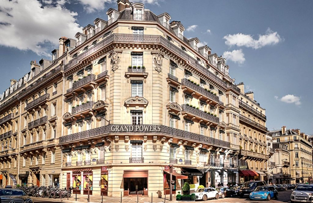 Luxury Hotels on the World's Top 5 Iconic Avenues and Boulevards | Black Platinum Gold
