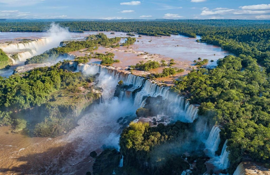 The Top 10 Most Spectacular Waterfalls in the World | Black Platinum Gold