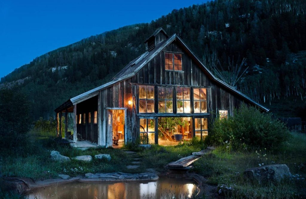 The Best of The American West: Luxury Experiences & Resorts   Black Platinum Gold