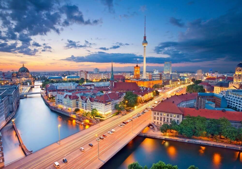 The 11 Best Luxury Nightlife Scene Experiences in Berlin